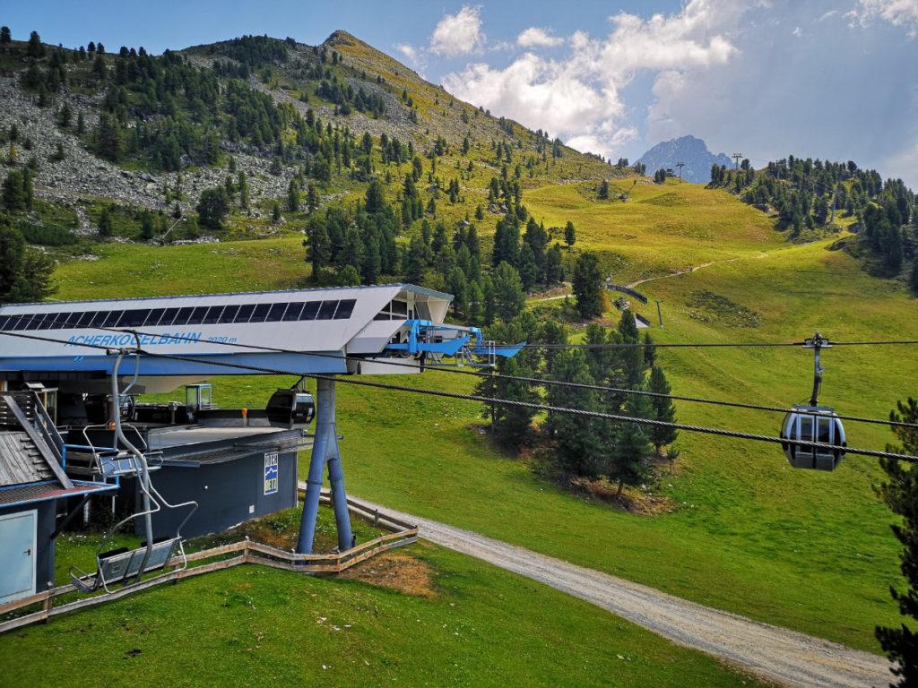 Hochötz, Acherkogelbahn (Ötztal, Tirol, Österreich)