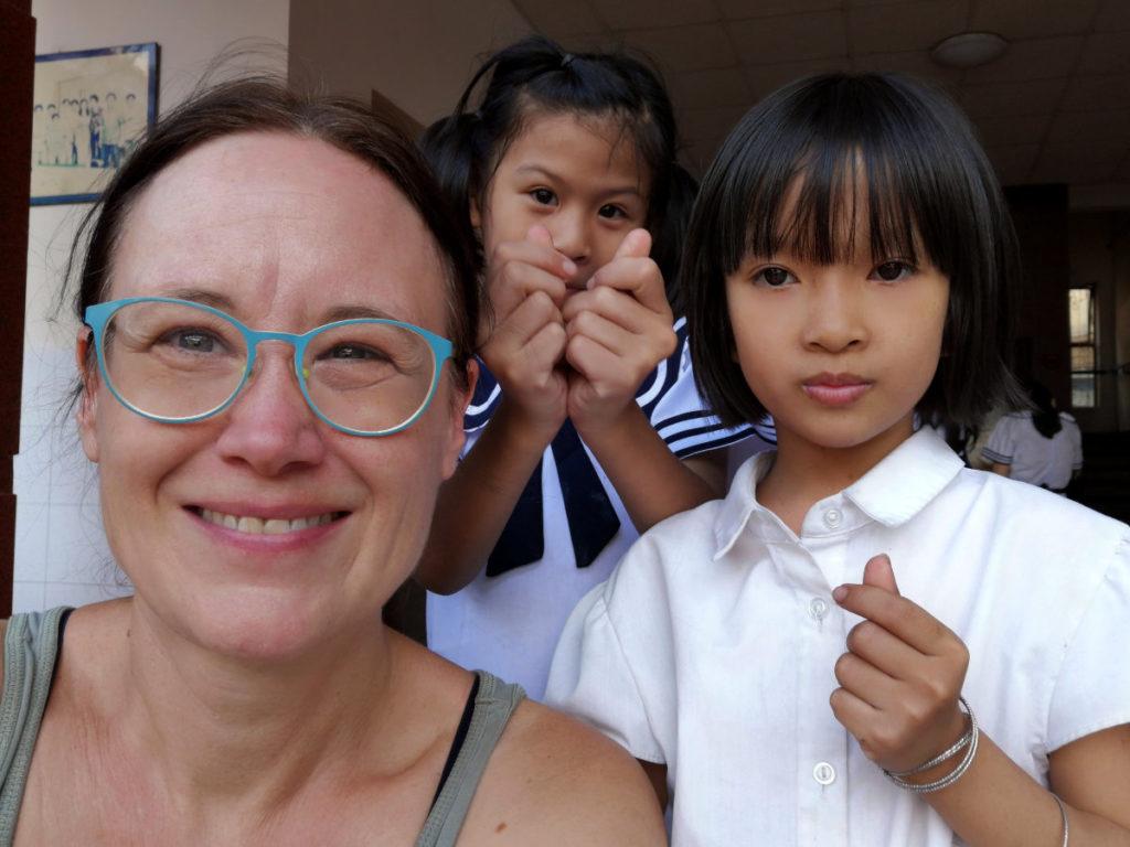 Maison Chance Saigon, Vietnam: Selfie mit Kindern